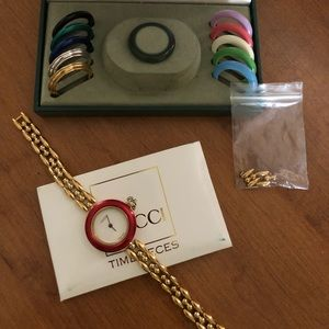 Authentic Gucci Gold-tone Ladies Watch 11/12.2